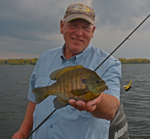 image of jeff sundin with big bluegill