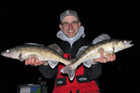 image links to article about pre-spawn walleye