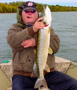 Northern Pike, Kyle Reynolds 9-28-06