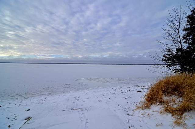 Lake of the woods ice fishing rentals best fish 2017 for Lake of the woods ice fishing packages