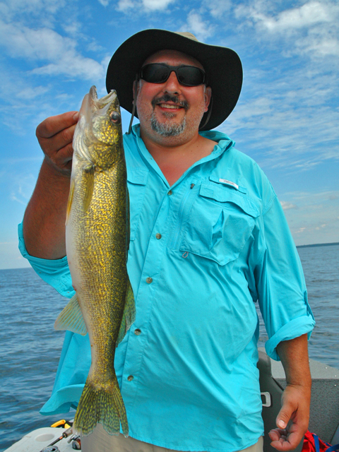 Walleye caught by frank amore at bowen lodge for Lake winnie fishing report