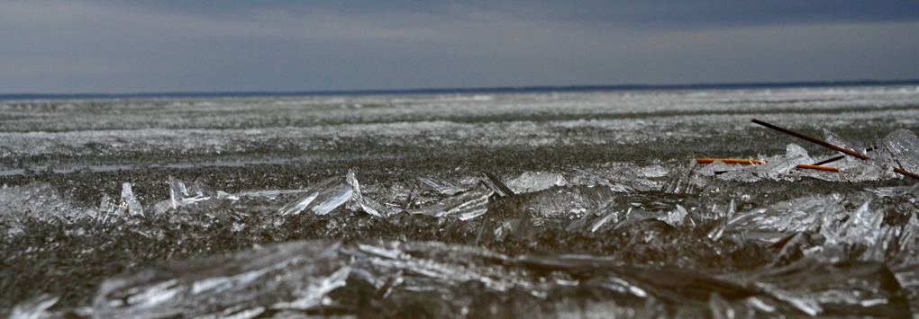 image of ice out conditions on Winnibigoshish may 7 2014