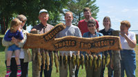 image of the Anderson-Wright families with fish on stringer