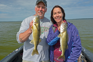 image of phil and jackie goettl with walleyes