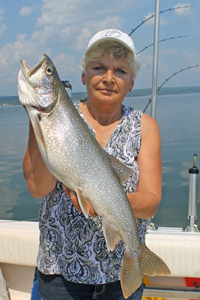 image of mary walsh with king salmon
